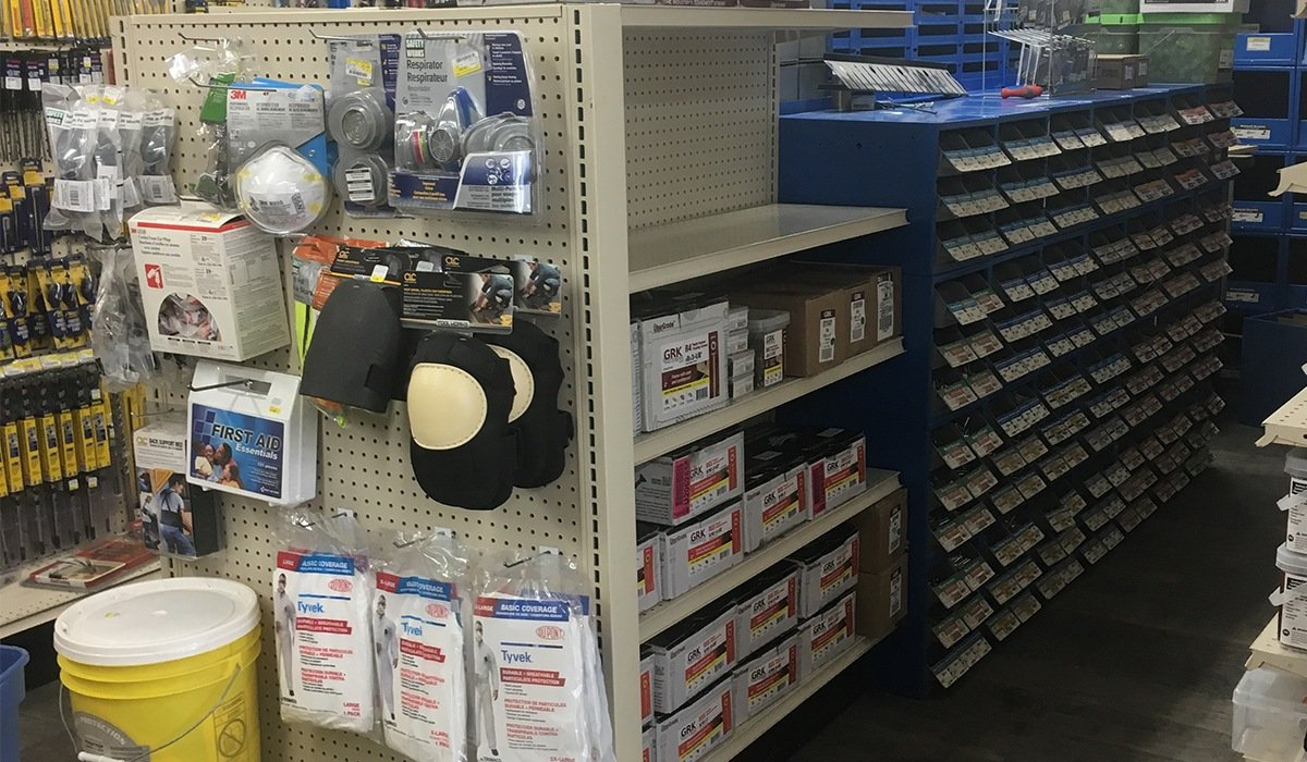 Fasteners isle at Moses Building Center